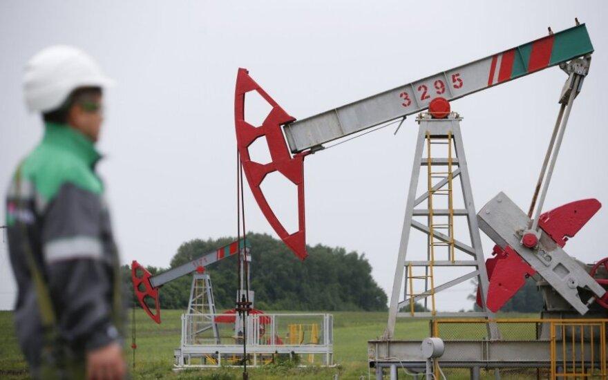 Pinganti nafta toliau daro spaudimą Europos akcijų rinkai