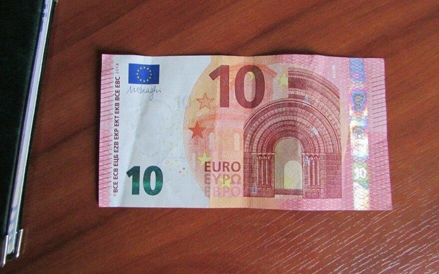 Krovininio automobilio vairuotojas dėl dešimties eurų prisidarė rimtų nemalonumų