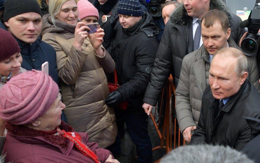 """Putinas: padėtis dėl koronaviruso Rusijoje """"yra kontroliuojama"""""""