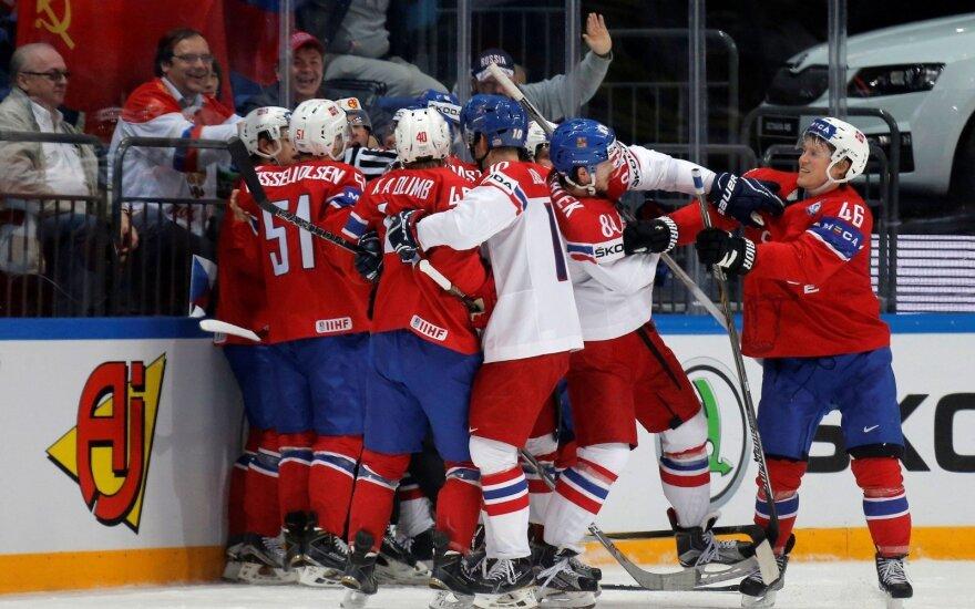 Pasaulio ledo ritulio čempionate – galingas JAV ir Čekijos rinktinių žaidimas