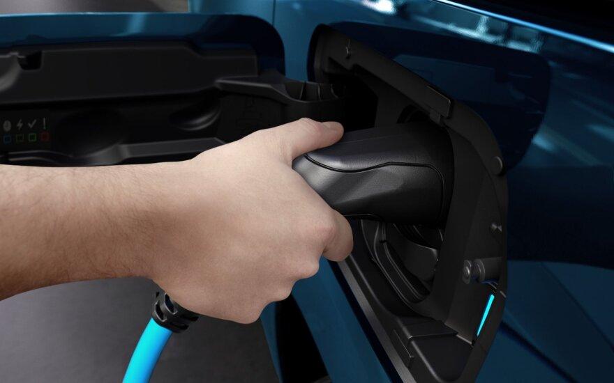 Pasitikrinkite, kokį naudotą ir naują elektromobilį galite įsigyti