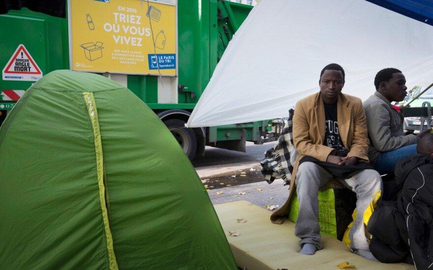 Pernai į Europą atvykstančių nelegalių migrantų skaičius smarkiai sumažėjo