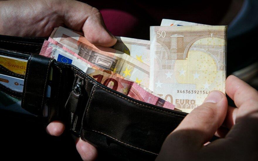 Trys finansininkės patarimai, iš kur gauti daugiau pinigų pensijai