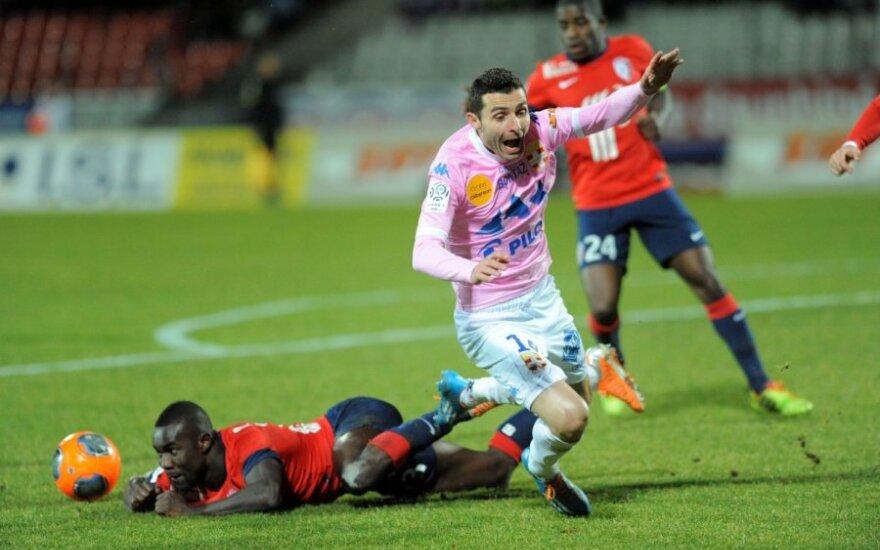 """""""Lille"""" ir """"Evian"""" komandų rungtynių akimirka"""