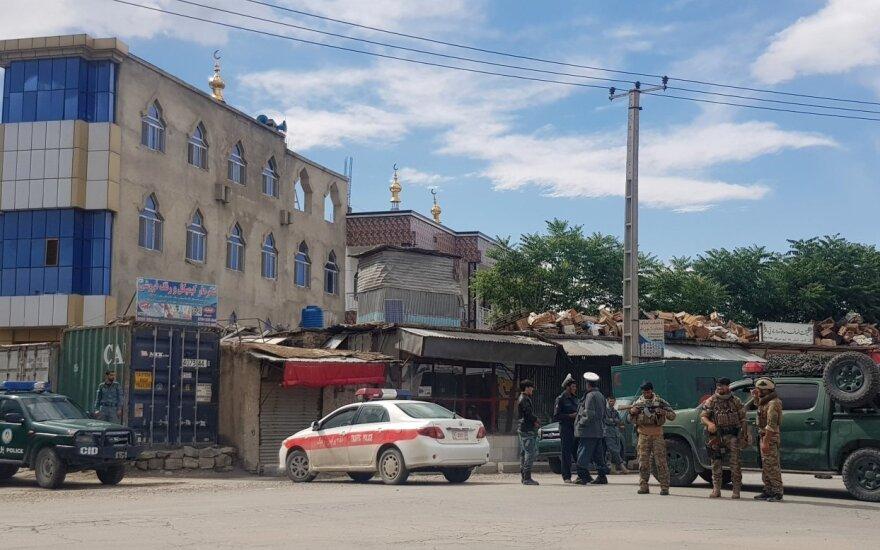 Kabule per sprogimą mečetėje žuvo trys žmonės, 18 buvo sužeisti