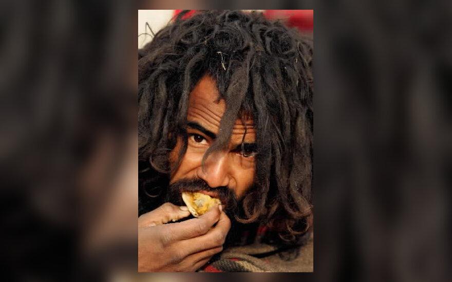 Benamis valgo maistą