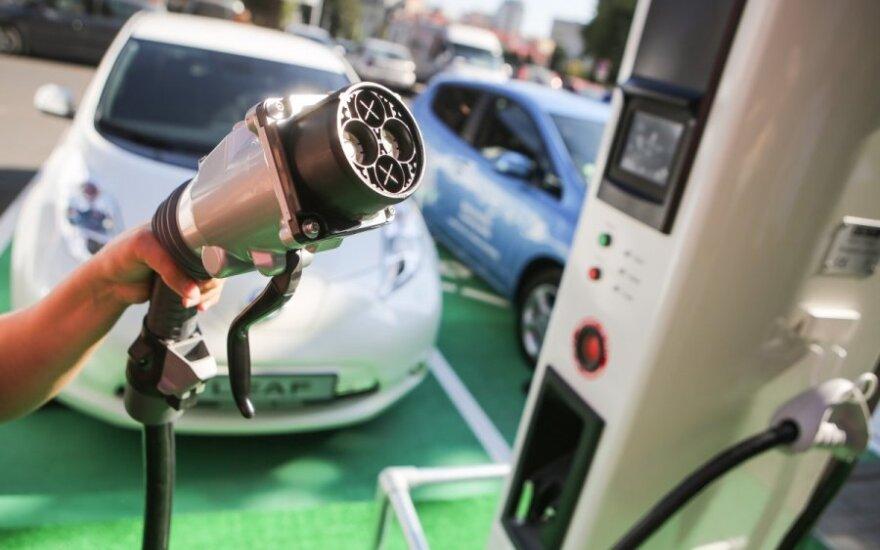 Ateityje važinėsie elektromobiliais