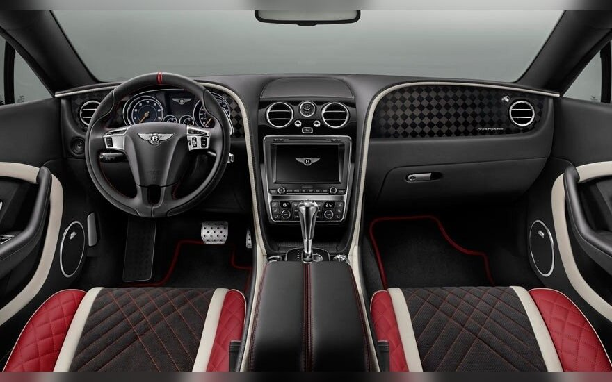 """Bentley Continental Supersports"" interjeras"