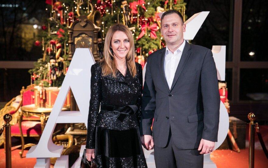 39-erių TV laidų vedėja Daiva Žeimytė laukiasi pirmagimio: jaudinančią naujieną paskelbė scenoje