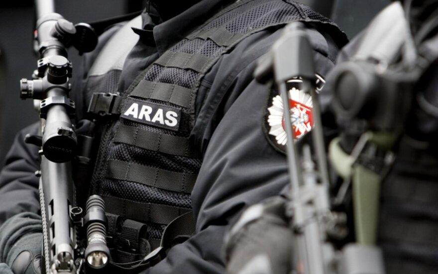 Jungtinės septynių Europos šalių policijos pajėgos sutriuškino vieną įtakingiausių organizuotų nusikalstamų grupuočių