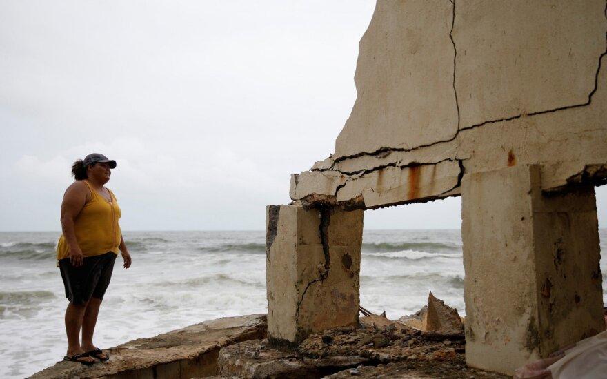 Iš uragano nuniokoto Puerto Riko evakuojami tūkstančiai žmonių