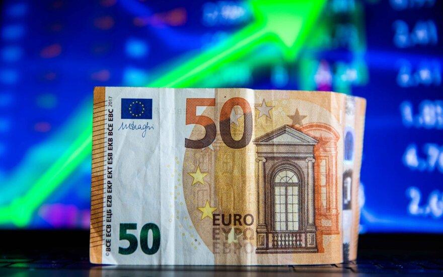 To net nežinodami kasmet prarandate apie keliasdešimt eurų: ką daryti, kad pinigai nenuvertėtų