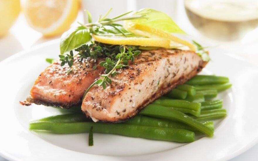 Žuvimi verta ir naudinga mėgautis dažniau