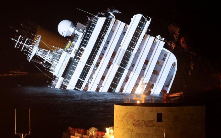 """Paaiškėjo, kiek """"Costa Concordia"""" siūlo kompensacijos keleiviams"""