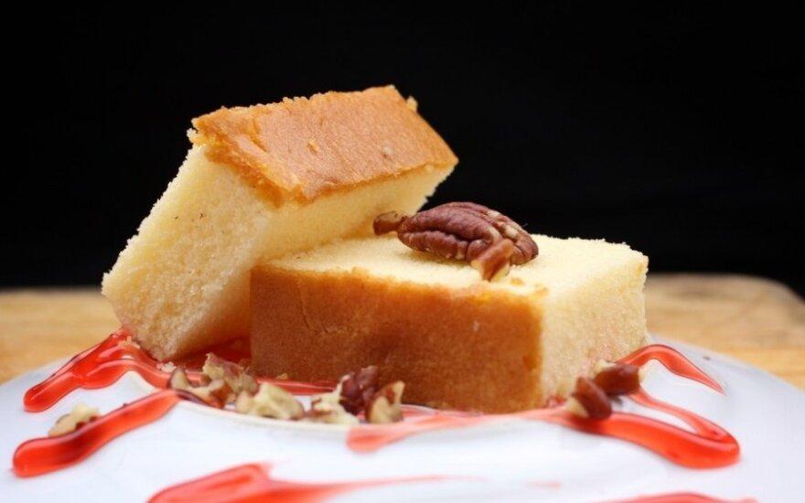 Čilietiškas pyragas su pekano riešutais