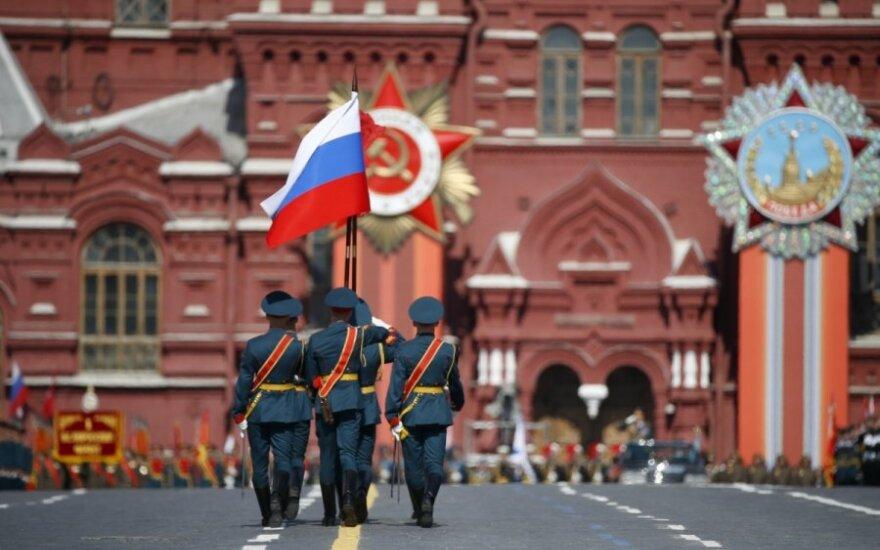 Kremliaus kritiko tėvas neabejoja, kad jo sūnų mėginta nunuodyti