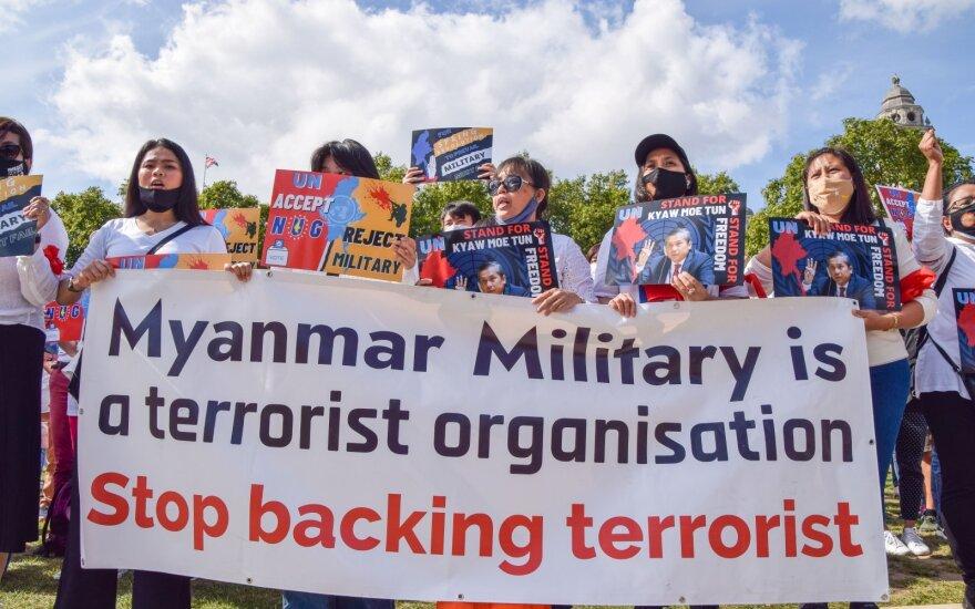 Protestas prieš Mianmaro kariuomenę