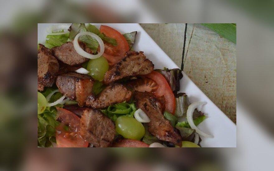Antienos salotos su vynuogėmis