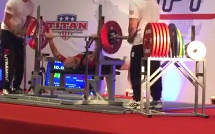 Svendas Stensgaardas stumia svorį