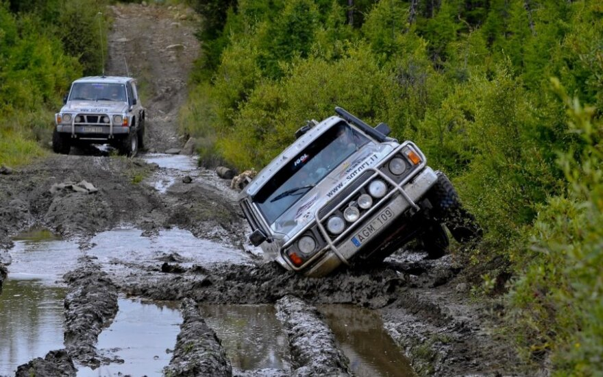 Nissan Patrol išbandymai bekelėje