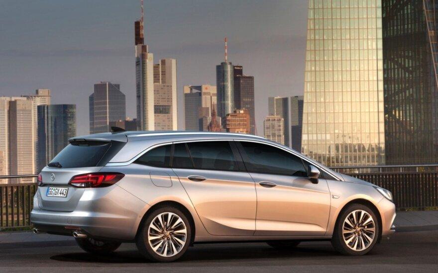"""Opel Astra Sports Tourer"""