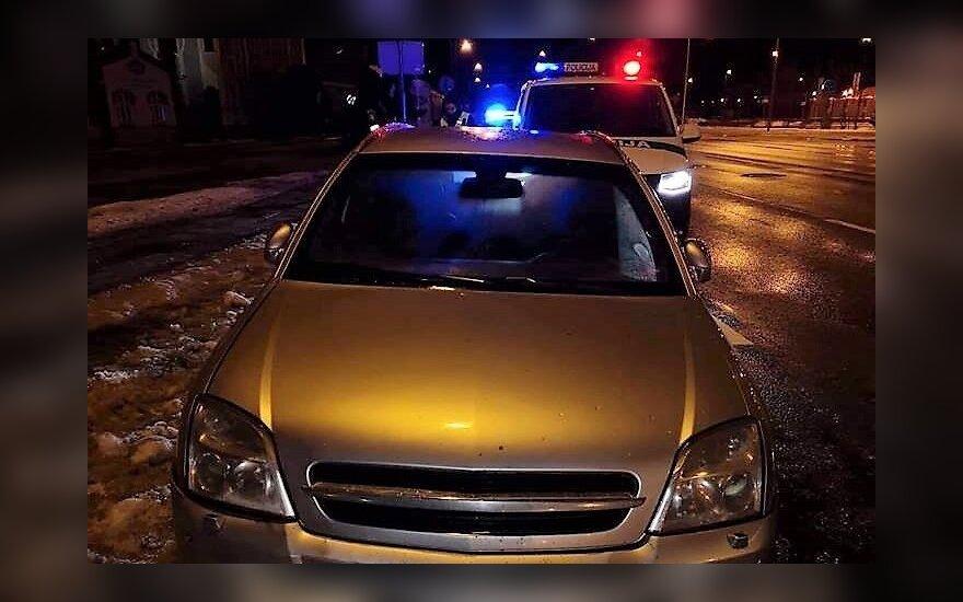 Paaiškėjo, kad Klaipėdoje iš avarijos vietos pabėgęs girtas vairuotojas yra pareigūnas