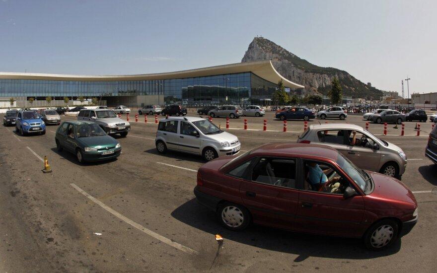 Gibraltare – sumaištis: baiminasi, kad netrūktų būtiniausių prekių