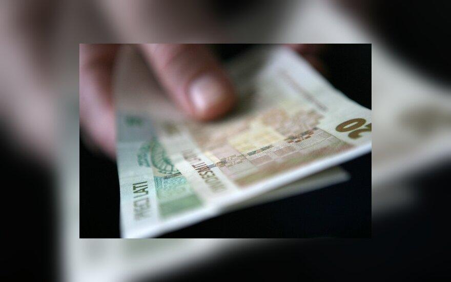 Latvijoje norima didinti PVM ir minimalią algą