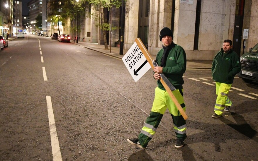 JK vyksta pirmalaikiai visuotiniai rinkimai: apklausose – drastiškas pokytis