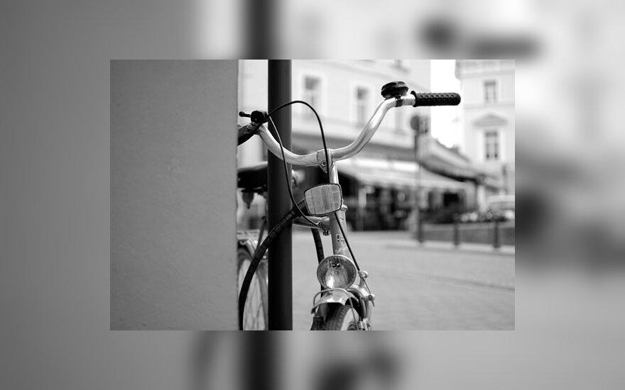 Telšiuose vyras mirė dviračiu veždamas dukrelę