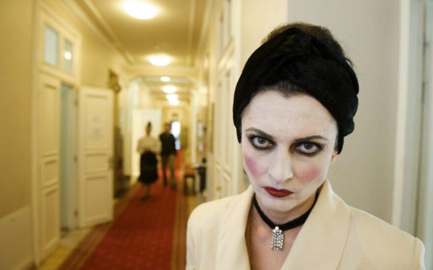 Vilniaus Mažasis teatras sulaukė piktos damos vizito