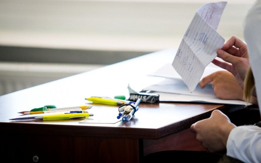 Apie egzamino balus ir laimingus vaikus