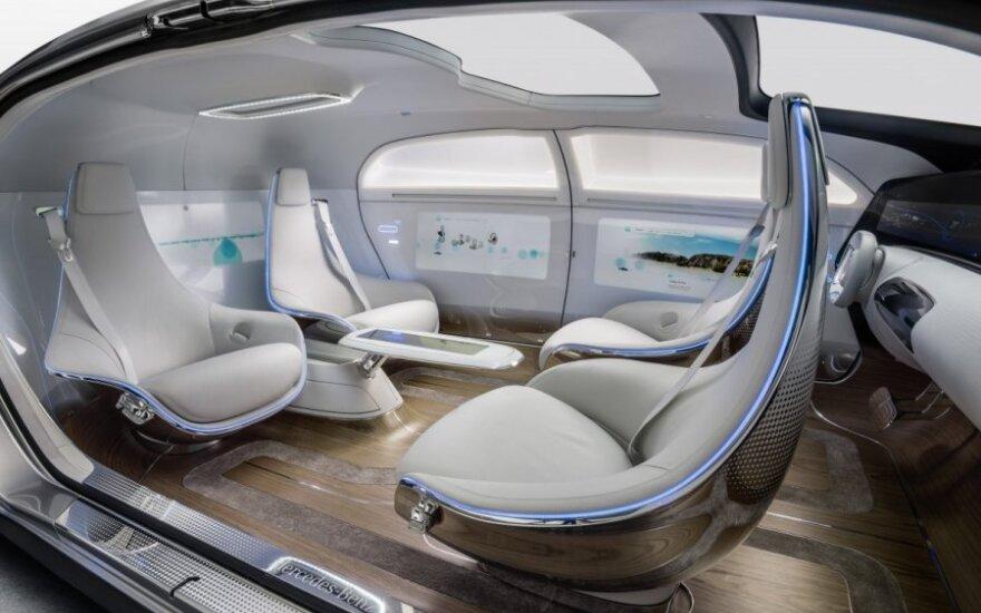 Mercedes-Benz F 015 koncepcija