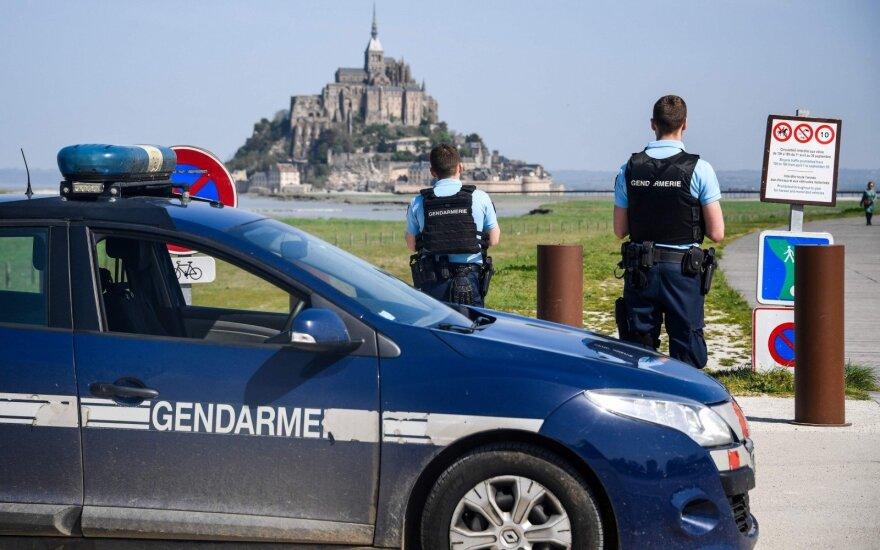 Saint Michel kanalas buvo evakuotas