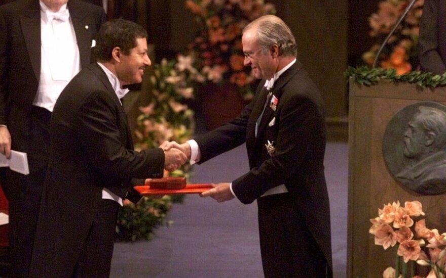 Ahmedas Zewailas gauna Nobelio premiją