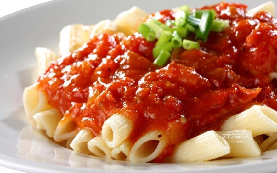 Pomidorų padažas su šonine prie makaronų arba ryžių