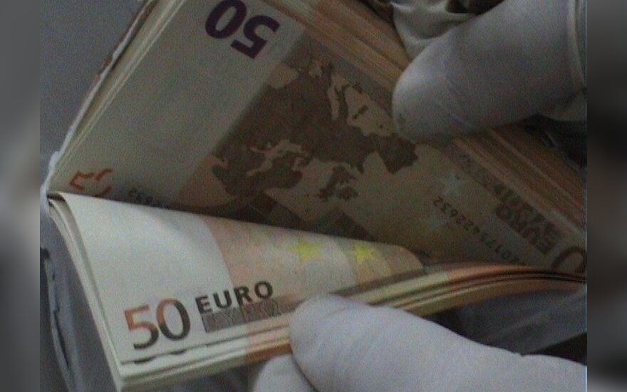 Counterfeit euros made outside Lithuania, interior minister says