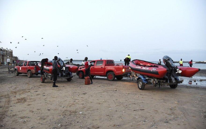 Senegale apvirtus turistų laivui žuvo mažiausiai keturi žmonės