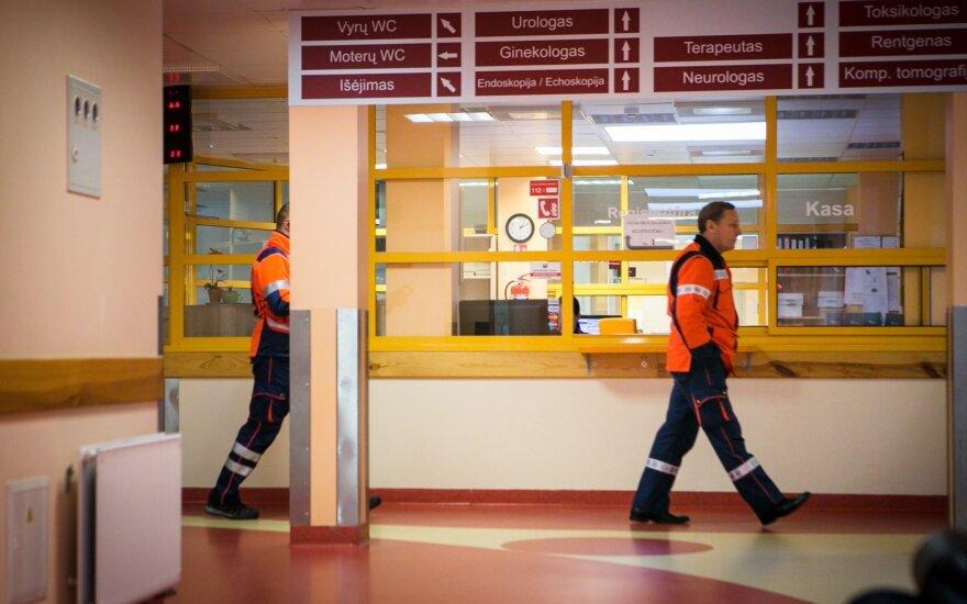 Į Kauno ligoninę paguldyta pro langą iškritusi mažametė