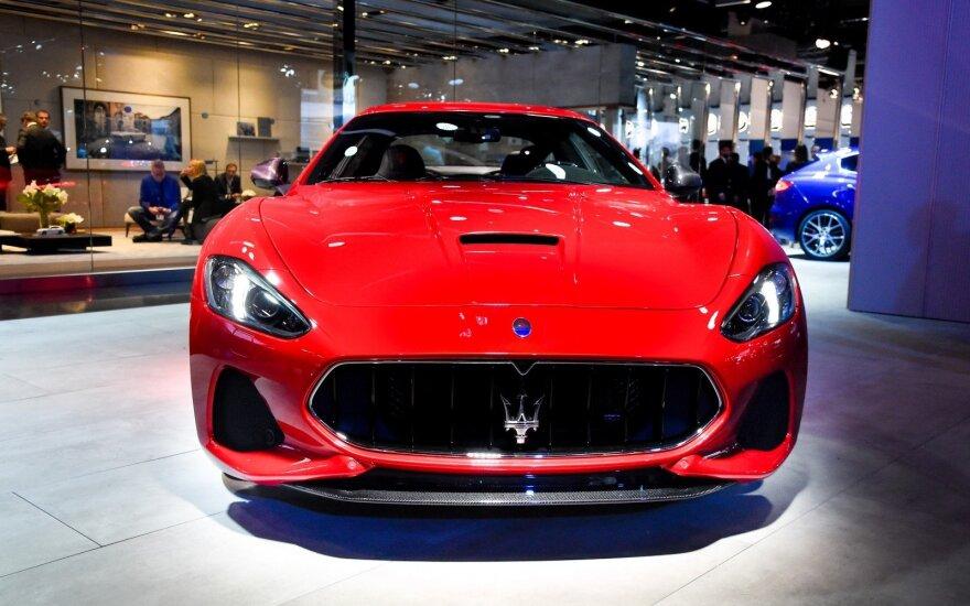 """Maserati GranTurismo"""