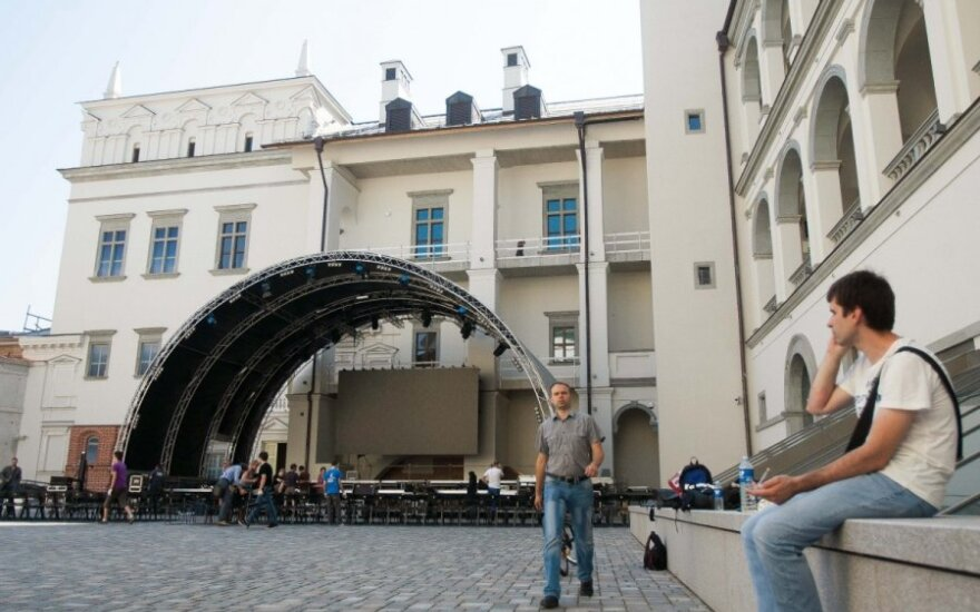 Valdovų rūmuose A. Brazauskas bus įamžintas šalia Vytauto ir Žygimanto Augusto