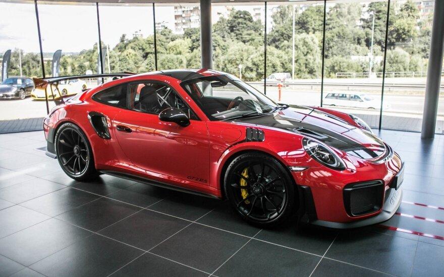 "Lietuvis įsigijo ""Porsche 911 GT2 RS"""