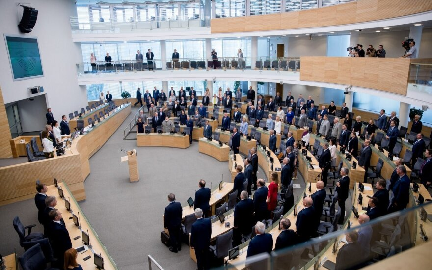 Wind from the East at the rostrum of the Seimas