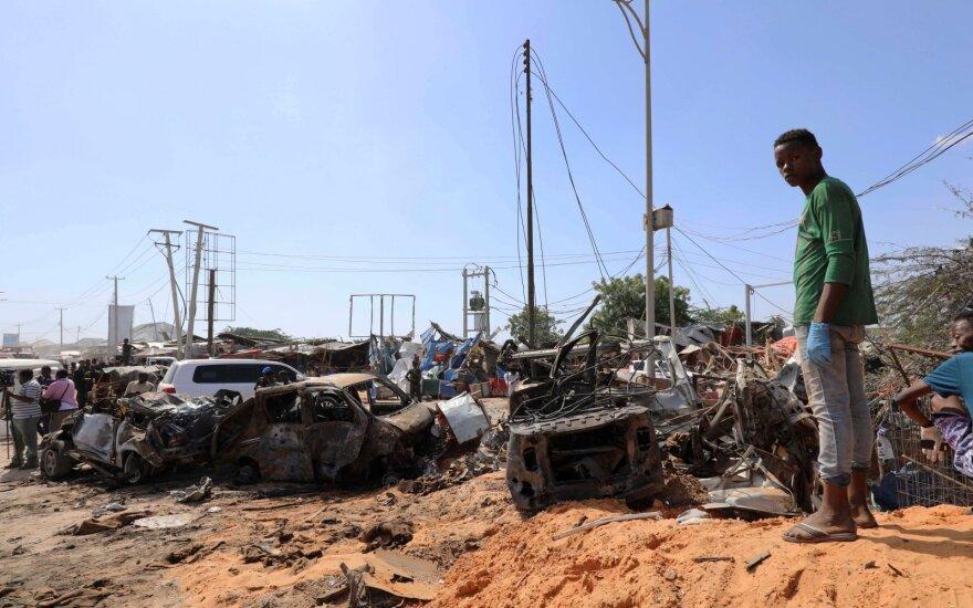 Sprogdinimo Mogadiše aukų padaugėjo iki 81 žmogaus