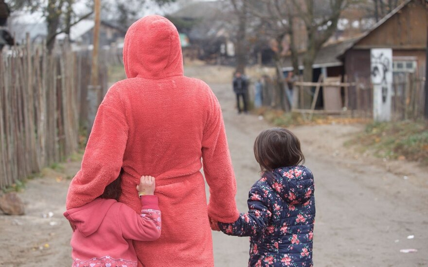 Lithuanian Roma integration project begins