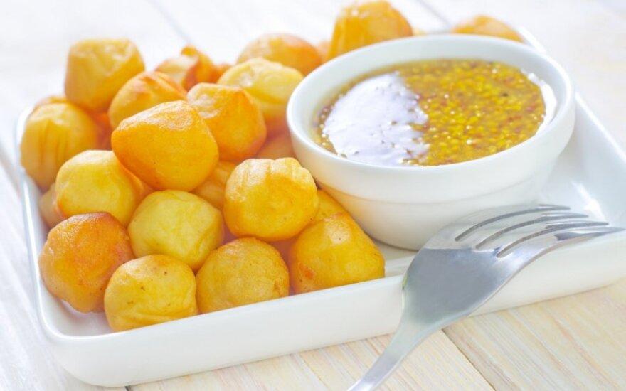 Bulvių pyragaičiai su garstyčių padažu