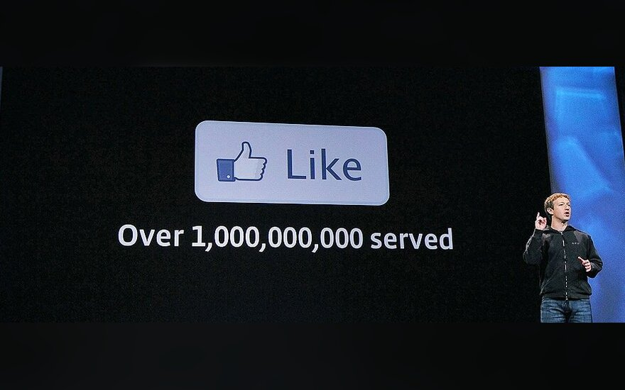 """""""Facebook"""" nykštys: naujos eros pradžia ar eilinė priklausomybė?"""