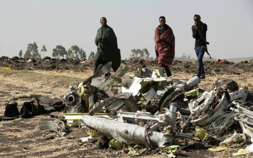 """""""Ethiopian Airlines"""" neigia po orlaivio katastrofos suklastojusi skrydžio įrašus"""