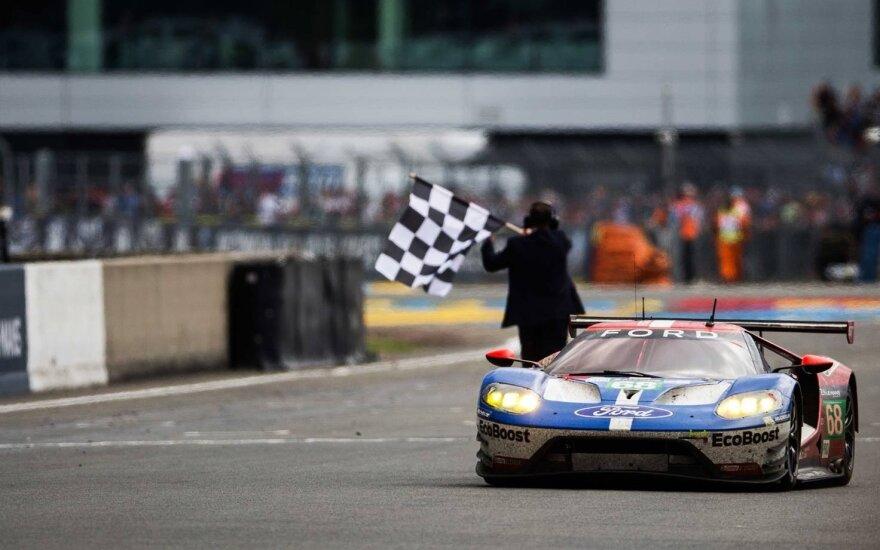 """""""Ford GT"""" komanda dominavo GTE Pro klasėje"""