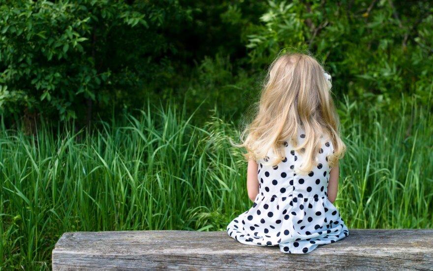 Dėl galimo smurto iš moters paimti du mažamečiai vaikai